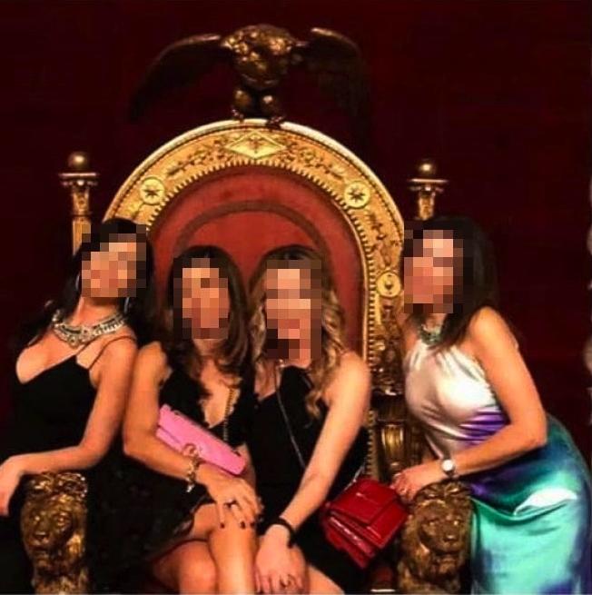 Immagine trono napoli